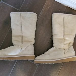 UGG Classic Sand Boots - Size 8M Priced to Sell